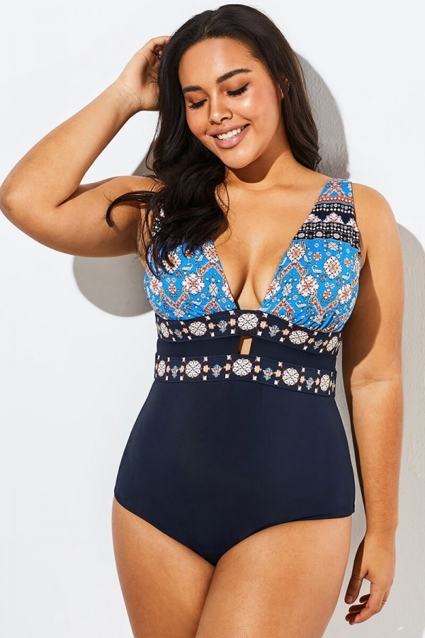 Charming Printed Cut Out One Piece Swimsuit